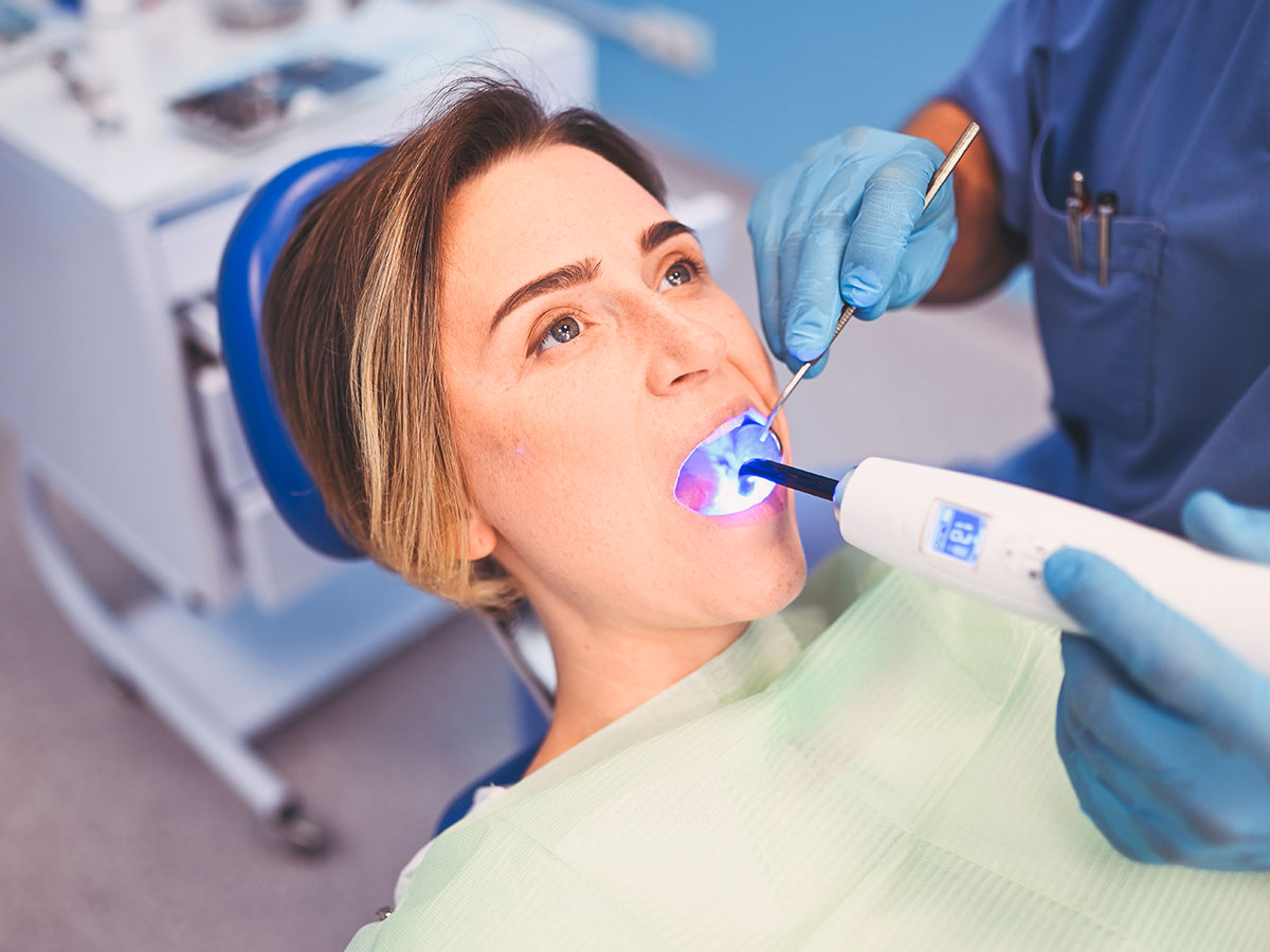 Professional Tooth-Filling Procedure In JFK-LGA Dentist, New York